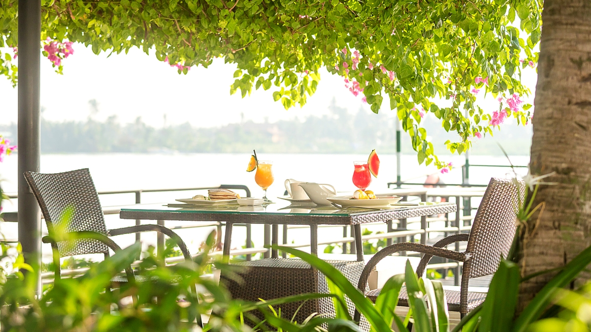 All day dining riverside restaurant Bistro Song Vie